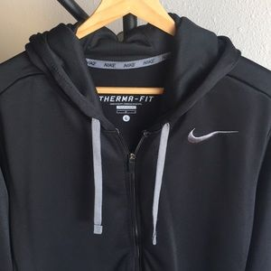 Nike THERMA-FIT Like New